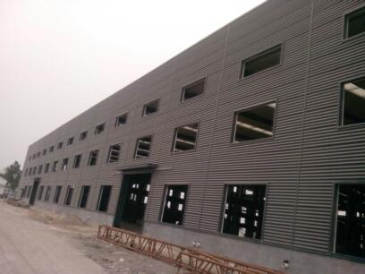 晒一组上海某钢结构厂房外墙彩钢板横装施工图